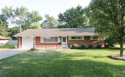 Kettering Single Family Home For Sale: 829 Stroop Road