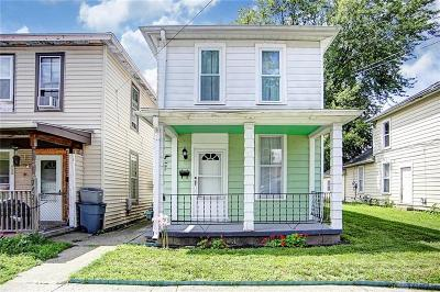 Springfield Single Family Home For Sale: 769 Laurel Street