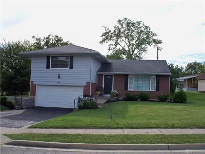 Vandalia Single Family Home Active/Pending: 620 Kenbrook Drive