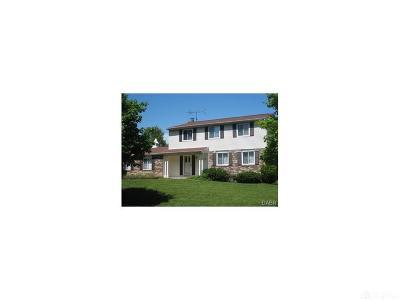 Huber Heights Single Family Home For Sale: 6015 Gander Rd E