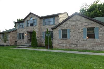 Beavercreek Single Family Home For Sale: 1653 Oakwood Trail
