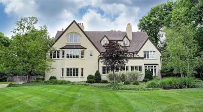 Oakwood Single Family Home For Sale: 245 Thruston Boulevard