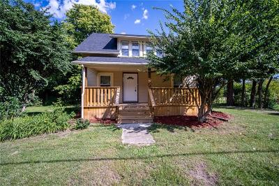 Dayton Single Family Home For Sale: 2490 Union Road