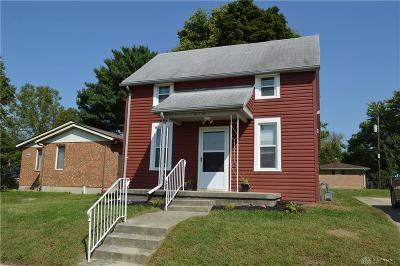 Springfield Single Family Home For Sale: 414 3rd Street