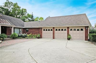 Kettering Single Family Home For Sale: 4959 Walnut Walk