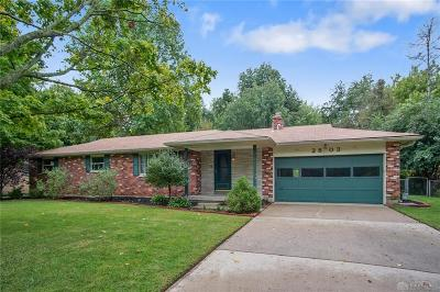 Beavercreek Single Family Home For Sale: 2803 Coldsprings Drive
