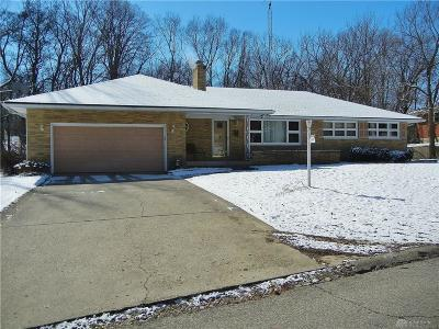Dayton Single Family Home For Sale: 70 Greenhill Road