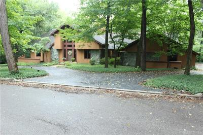 Dayton Single Family Home For Sale: 4051 Ridgeway Road