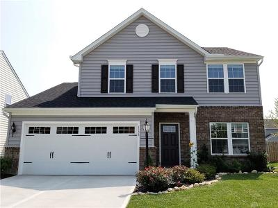 Fairborn Single Family Home Active/Pending: 1132 Driftwood Drive