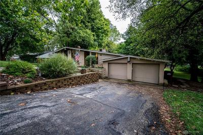 Bellbrook Single Family Home Active/Pending: 4107 Beechwood Drive