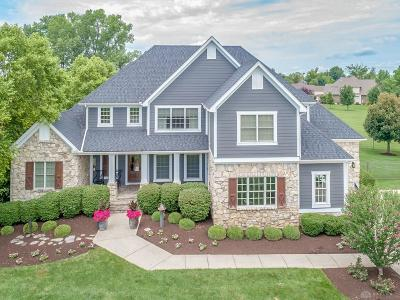 Springboro Single Family Home For Sale: 8003 Country Brook Court