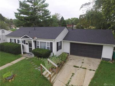 Fairborn Single Family Home Active/Pending: 135 Dellwood Drive