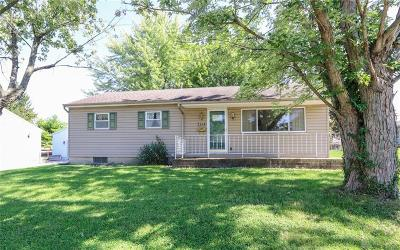 Fairborn Single Family Home Active/Pending: 1344 Hemlock Drive