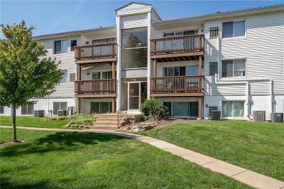 Kettering Condo/Townhouse For Sale: 2225 Coach Drive #L