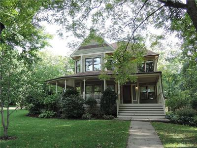 Dayton Single Family Home For Sale: 282 Walnut Grove Drive