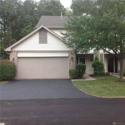 Dayton Condo/Townhouse For Sale: 8573 Timber Park Drive