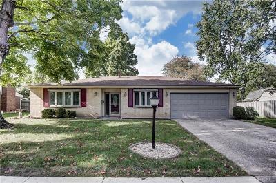 Kettering Single Family Home For Sale: 5685 Brookbank Drive