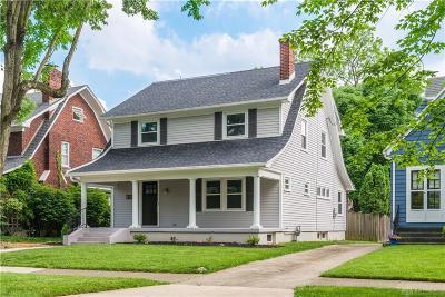 Oakwood Single Family Home Active/Pending: 214 Lonsdale Avenue