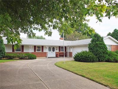 Xenia Single Family Home Active/Pending: 1867 Delta Avenue