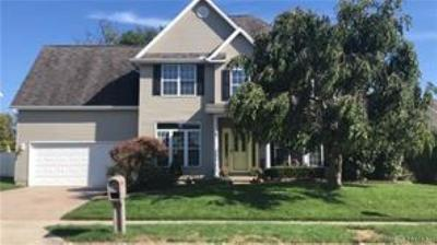 Single Family Home Active/Pending: 2812 Conowoods Drive