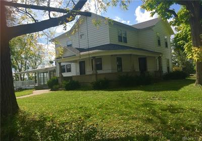 Dayton Single Family Home For Sale: 3430 Mulberry Road