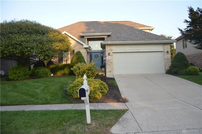 Miamisburg Single Family Home For Sale: 9410 Country Path Trail