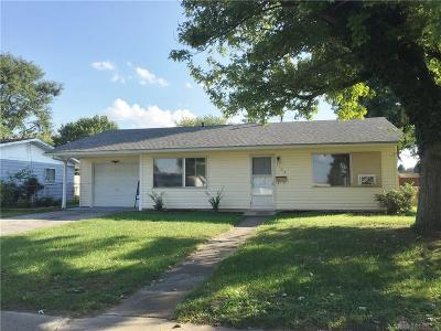 Xenia Single Family Home Active/Pending: 1703 Kylemore Drive