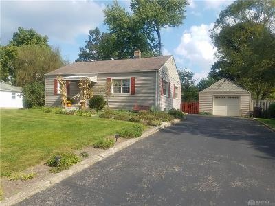 Beavercreek Single Family Home For Sale: 1650 Woods Drive