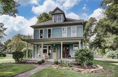 Oakwood Single Family Home For Sale: 1945 Far Hills Avenue