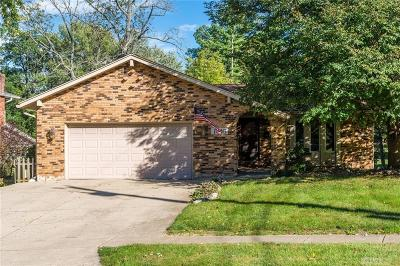 Fairborn Single Family Home For Sale: 1816 Langview Drive