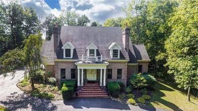 Springboro Single Family Home For Sale: 2579 Pinebrook Lane