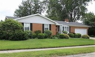 Springfield Single Family Home For Sale: 1710 Briarwood Terrace