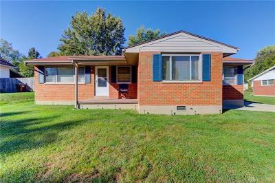 Dayton Single Family Home For Sale: 2147 Coronette Avenue