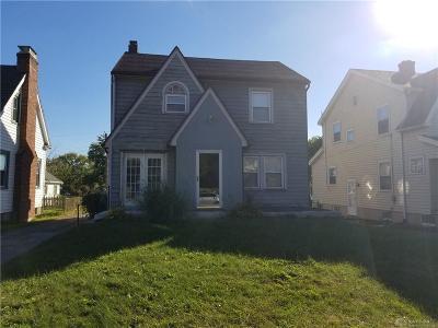 Dayton Single Family Home For Sale: 132 Beechwood Avenue