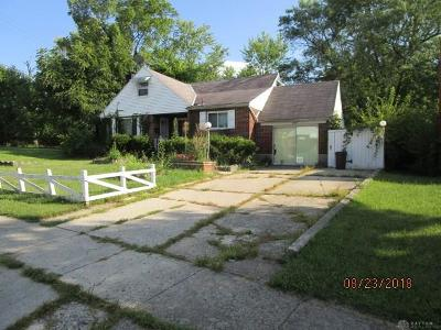 Dayton Single Family Home For Sale: 4594 Westchester Lane