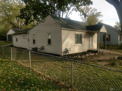 Fairborn Single Family Home For Sale: 1704 Wilbur Avenue