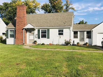 Dayton Single Family Home For Sale: 4221 Delhi Drive