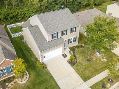 Dayton Single Family Home For Sale: 7835 Laurel Ridge Drive