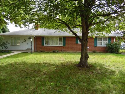 Kettering Single Family Home For Sale: 704 East Drive