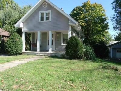 Dayton Single Family Home For Sale: 2912 Hilton Drive