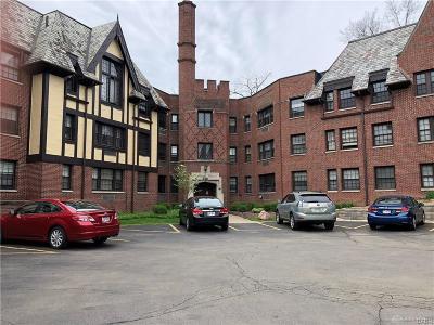 Oakwood Condo/Townhouse For Sale: 1211 Far Hills Avenue #202