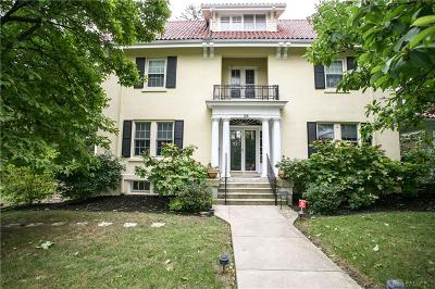 Oakwood Single Family Home For Sale: 28 Thruston Boulevard
