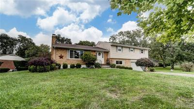 Dayton Single Family Home For Sale: 6848 Highfield Drive