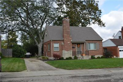 Miamisburg Single Family Home For Sale: 429 Early Drive