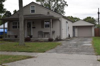 Dayton Single Family Home For Sale: 203 Circle Drive