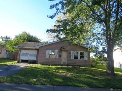 Dayton Single Family Home For Sale: 4300 Arrowrock Avenue