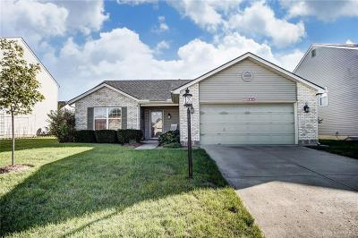 Springboro Single Family Home For Sale: 32 Glen Oak Drive