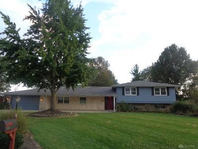 Dayton Single Family Home For Sale: 920 Buttercreek Circle