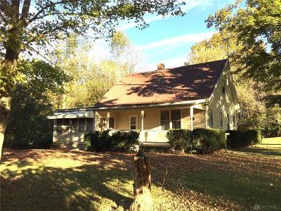Xenia Single Family Home For Sale: 3320 Waynesville Jamestown Road