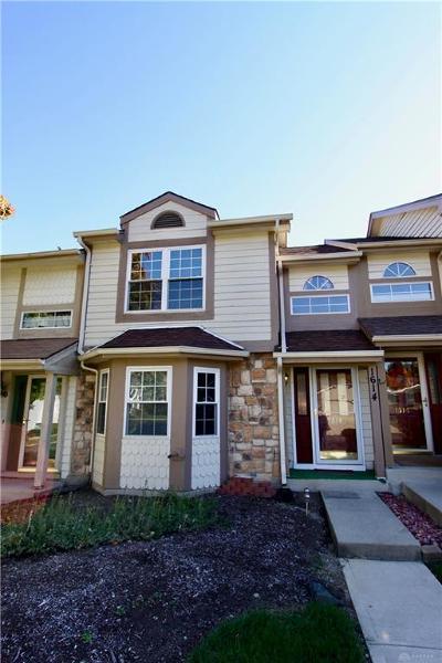 Dayton Condo/Townhouse For Sale: 1614 Longbow Lane